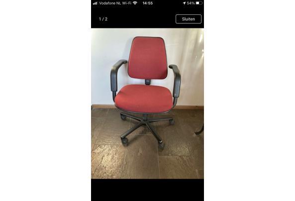 Bureaustoel rood - 6E712EAF-6C90-4E41-B266-79368D2D69DA