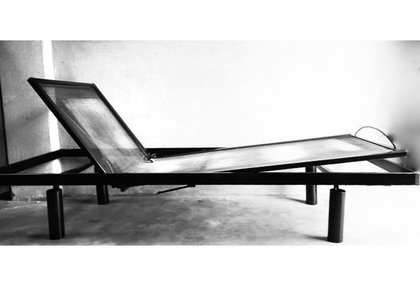 Bedframe 90 x 220 cm, zwart, verstelbaar - Bedframe-220-x-90-cm-2