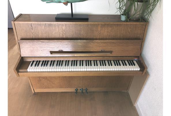 Mooie piano, niet gestemd - 2FA1E16D-A63B-48D5-9BB0-ECB4B8C7A982