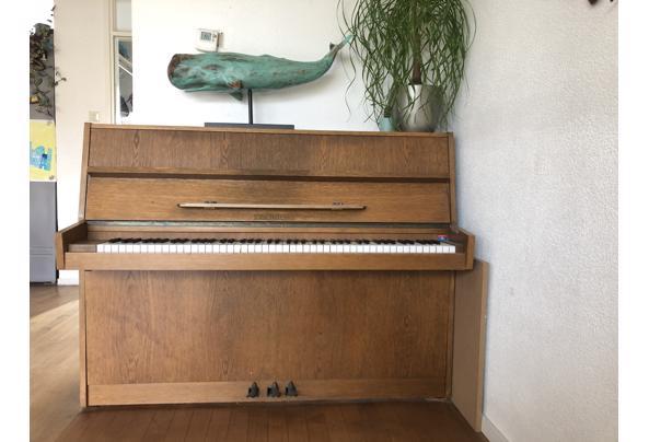 Mooie piano, niet gestemd - 8EAFA92B-22CC-4183-8C91-3026A17388A3
