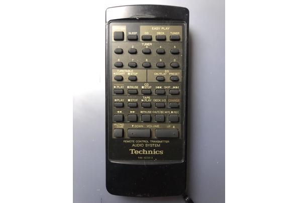 Wie heeft een afstandsbediening voor een technics stereotoren? - F52AF5B4-BF38-43DC-A6BB-2153F4A34816
