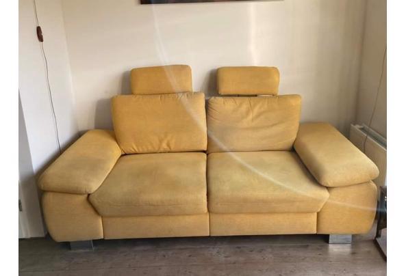 Grote gele bank - 1FE8ADEF-2FDD-4093-9996-A4826ECF443F