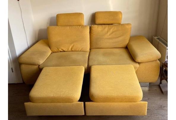 Grote gele bank - 4CFA4A7F-6F37-4FDE-9F6E-B8B9BA3DD8B9