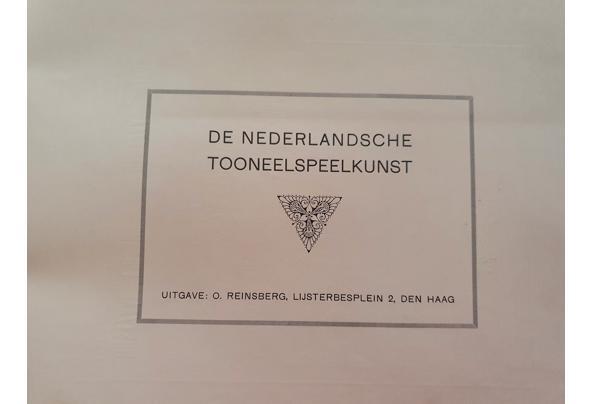 Verschillende boeken over toneel - Ned-Tooneelspeelk--voorblad
