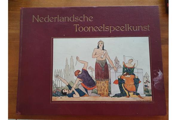 Verschillende boeken over toneel - Ned-Tooneelspeelkunst-