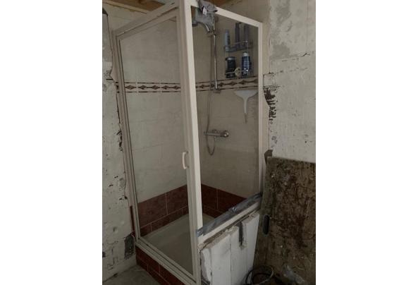 Douche bak 90 x 80 cm + Douche deur  en zijwand  - IMG_0764