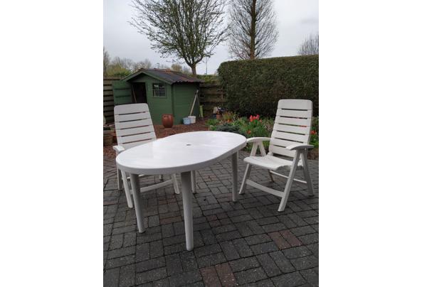 Tuinset, tafel en 4 stoelen met kussens - IMG_20210410_152326