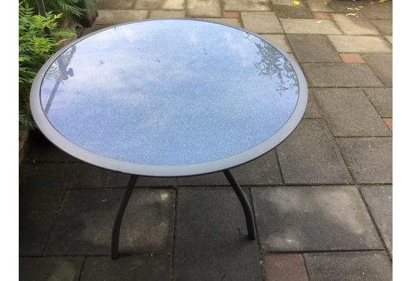 Tuintafel rond met glasplaat - C4674316-42A7-4273-B455-A786D862026D