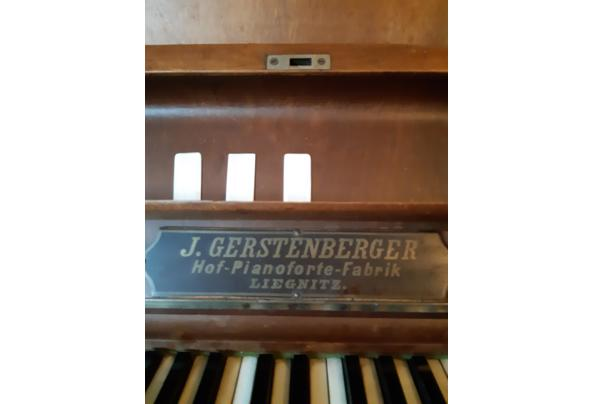oude piano, toetsen van echt ivoor - 20201113_142107