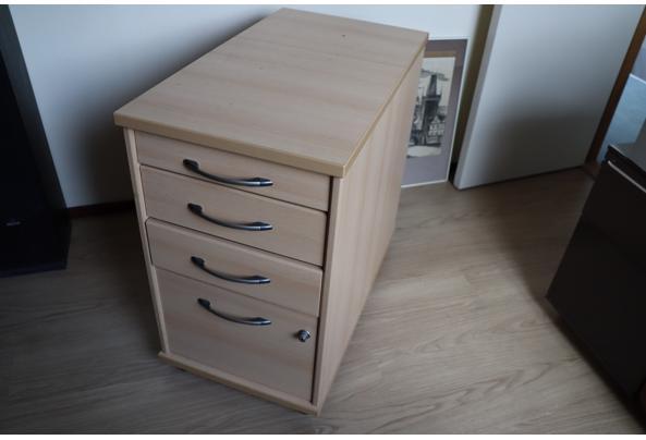 Bureautafel met kastje - IMG_0488