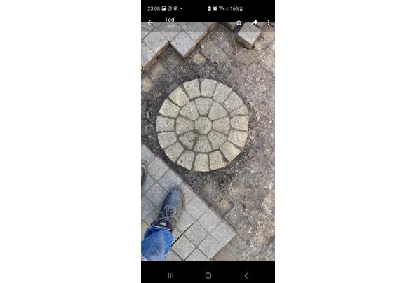 Sierbestrating 17m2 met cirkel bestrating  - Screenshot_20210610-230836_WhatsApp