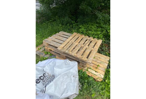 5 Pallets en 2 puinzakken - IMG-20210606-WA0014
