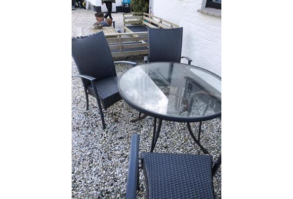 tafel en 4x stoelen - tafel7
