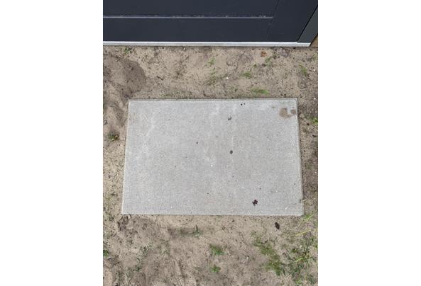 47 tuintegels van 60 bij 40 cm - IMG_8581