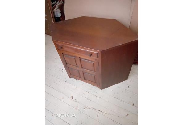 Hoekkast in gebruik geweest als t.v.- audio meubel. - IMG_20210313_162921