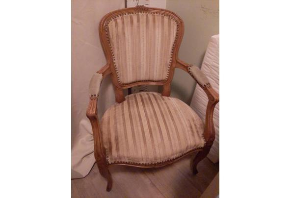Antieke stoel - 20210724_153649