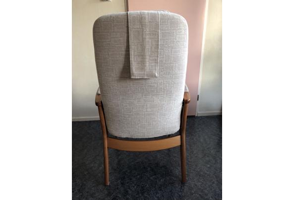 Houten relax stoel  - B5B69857-7379-4733-8827-06C7C5DF7CFD