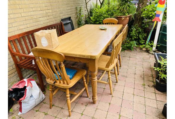 Eettafel en 4 stoelen - 17698CB0-AFCC-44CD-AE4C-4E35B63A4E46