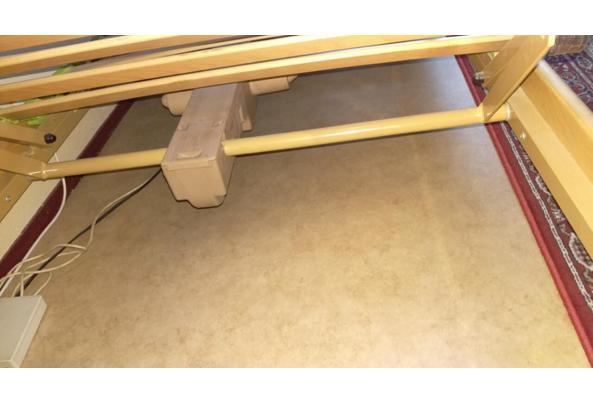 elektrisch verstelbaar eenpersoons bed (90x200), lage poten - bed-motor