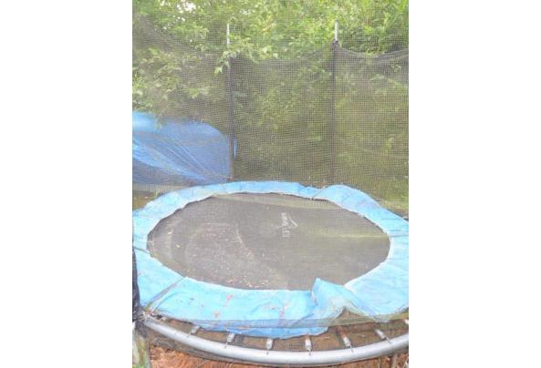 Trampoline voor in de tuin met net - P1210866