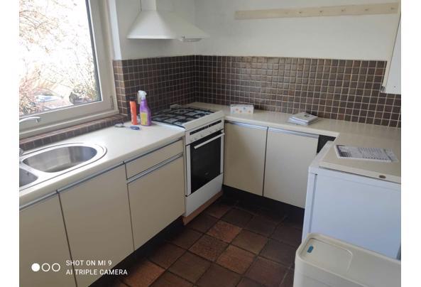 Keuken af te halen met gasfornuis en koelkast - IMG-20210419-WA0024