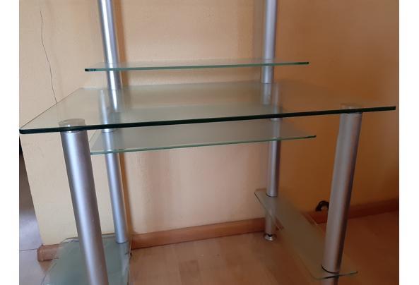 Compact modern glazen bureautje; veel aflegplek - 20201218_154805