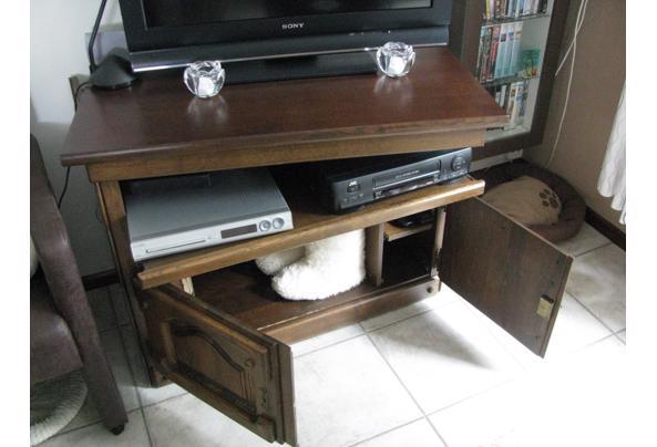 radio/stereo meubel - IMG_5815