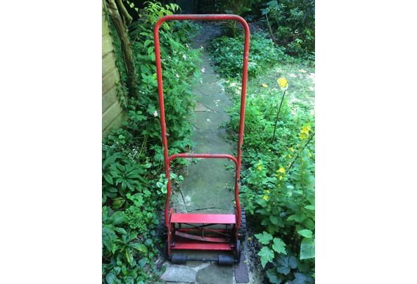Grasmachine - niet elektrisch - met de hand - IMG_4321