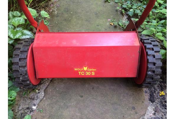 Grasmachine - niet elektrisch - met de hand - IMG_4324