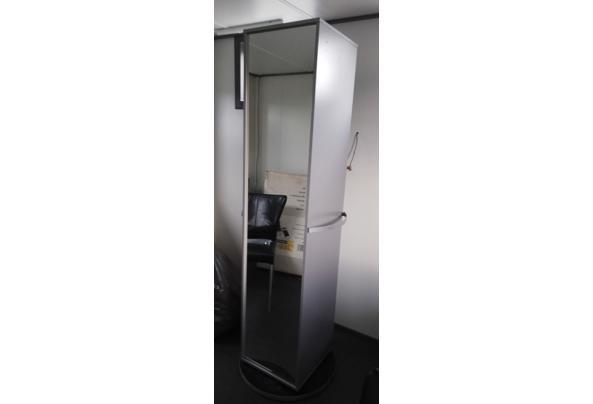 Draaibare kast met spiegel - IMG-20210929-WA0007~2