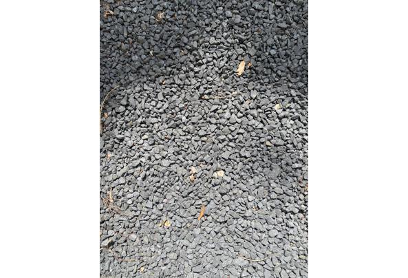 Basalt split grind 8-16mm | Gratis af te halen A'dam - IMG-20210603-WA0011