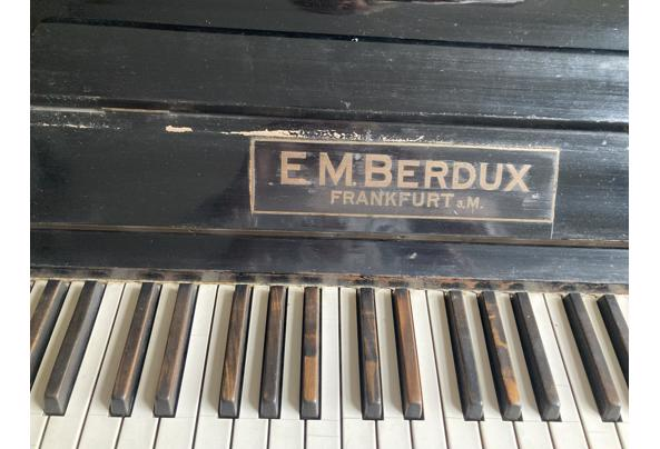 Piano moet gereviseerd of gestemd - F1860324-2F50-483E-AA7F-922205AB0CAD