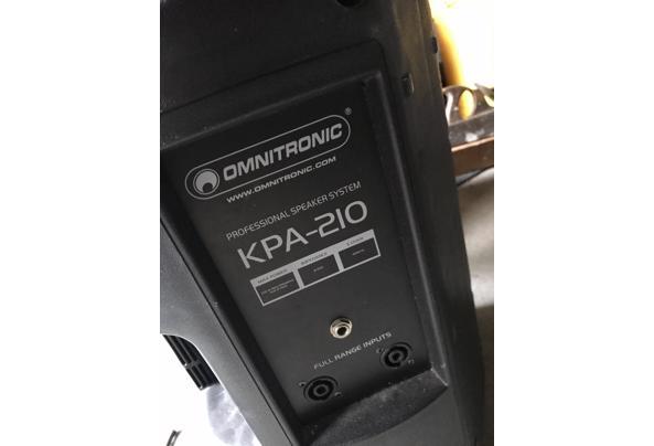 Speakers dj set omnitronic kpa210 voor onderdelen - 065B1311-5E73-4C26-BD20-F9DA91D0EAC7