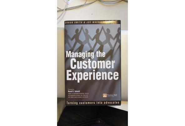 Boeken te halen: literatuur, marketing, fotografie - 9F552710-BE80-419C-AA6D-039842F9E09B.jpeg