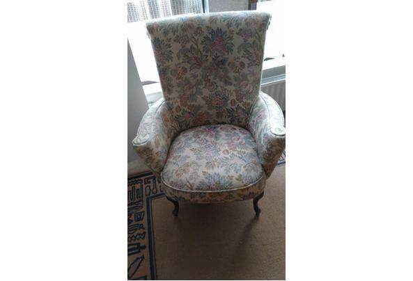 Twee stoelen - IMG-20210503-WA0003