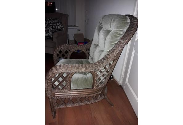 Rieten fauteuil met kussen - 20210914_203133