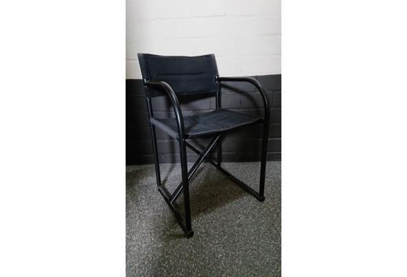 Drie regisseurs stoelen   - DSC_0016