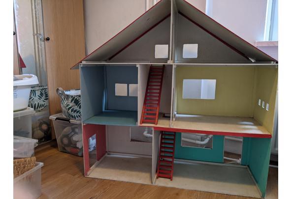 Poppenhuis zoekt goed nieuw thuis - PXL_20210727_165427154