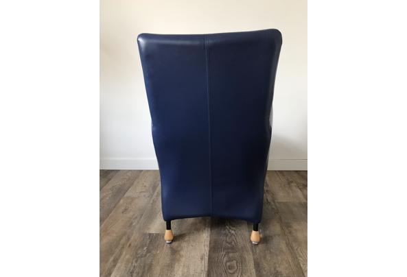 Blauwe fauteuil - 044CE44C-A1CE-4260-8E5E-1C11D4817111