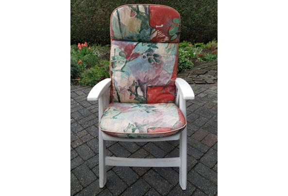 Tuinset: tafel, 4 stoelen en kussens - IMG_20210410_152617