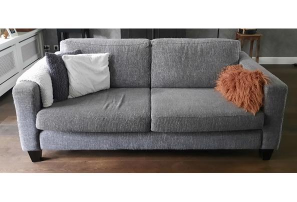 Bank 2,5 zits en love seat (1,5 zits) kleur grijs - 20210915_143123