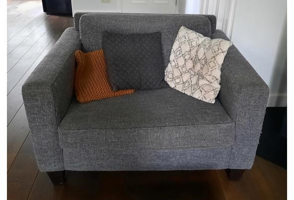 Bank 2,5 zits en love seat (1,5 zits) kleur grijs - 20210915_143224