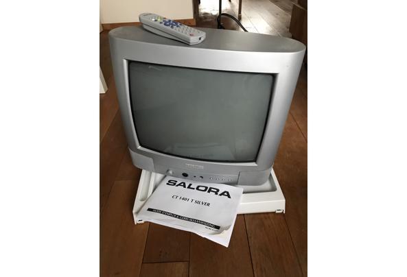 SALORA KLEUREN TV 35CM - B2F30666-4E68-4A4A-9338-74CD69D6396E.jpeg