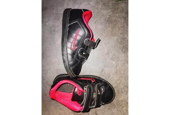 Nike schoenen mt 25,5 - IMG_20210131_173859