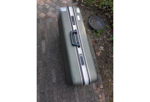 Koffer/ reiskoffer grijs - 20210609_082510
