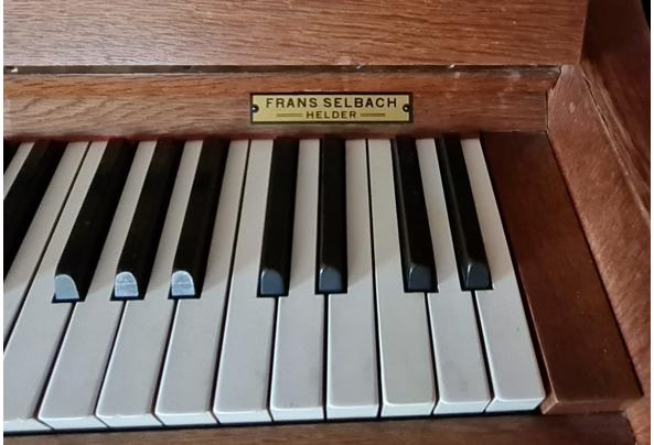 Oude piano - IMG-20201129-WA0000