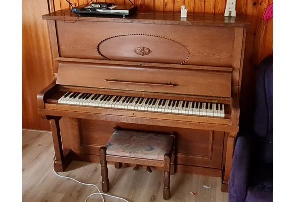Oude piano - IMG-20201129-WA0001