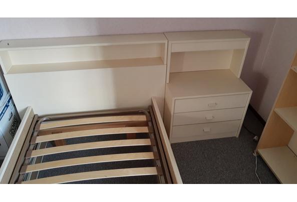 Eenpersoonsbed 2 meter met nachtkastje - IMG_20210305_092103410