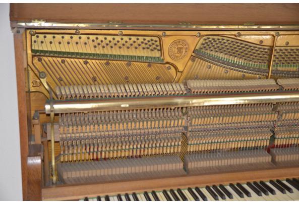 Mooie piano - _DSC1177