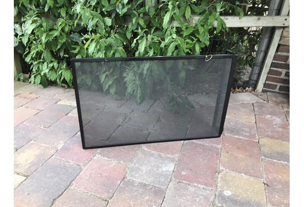 Metalen haardscherm 73 bij 48 - 9683ED9A-1DFF-421E-9B54-3972E054694A